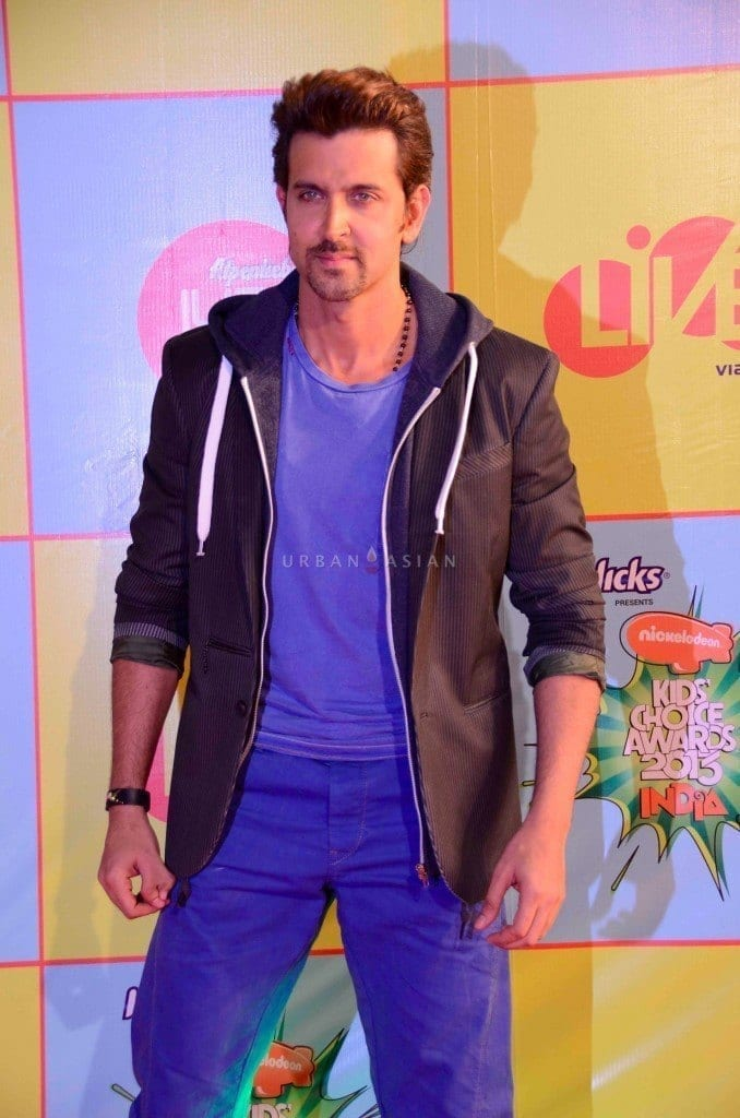 12-The-Sexiest-Street-Outfit-to-Date-678x1024 Hrithik Roshan Outfits-30 Best Dressing Styles of Hrithik Roshan