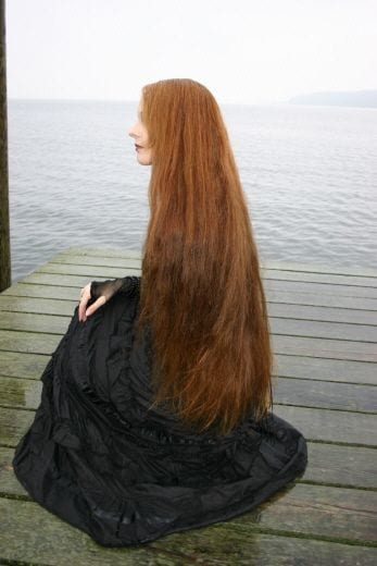 13-The-Girl-With-Longest-Dark-Brunette Longest Hair Women-30 Girls with Longest Hair In the World