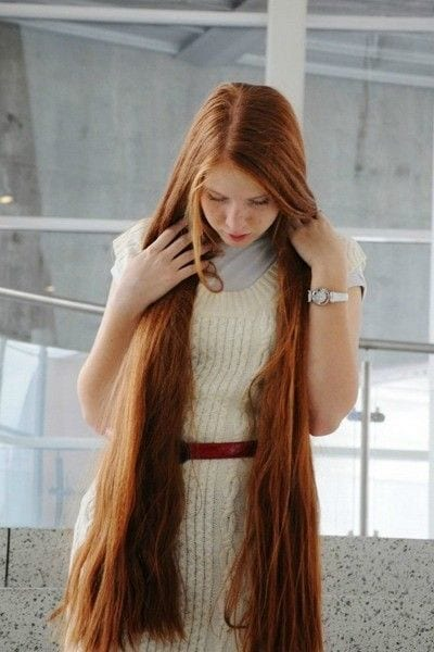 15-The-Girl-With-The-Gorgeous-and-Longest-Brown-Hair Longest Hair Women-30 Girls with Longest Hair In the World