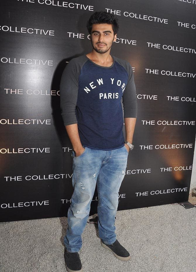 22-In-a-Cool-and-Casual-Jeans-Outfit Arjun Kapoor Outfits-30 Best Dressing Styles of Arjun Kapoor to Copy