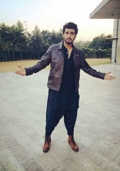 24-The-Coolest-Casual-Desi-Outfit Arjun Kapoor Outfits-30 Best Dressing Styles of Arjun Kapoor to Copy