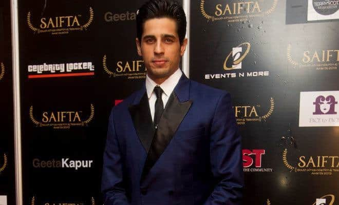 28-A-Glamorous-Tuxedo Sidharth Malhotra Outfits-30 Best Dressing styles of Sidharth Malhotra to Copy