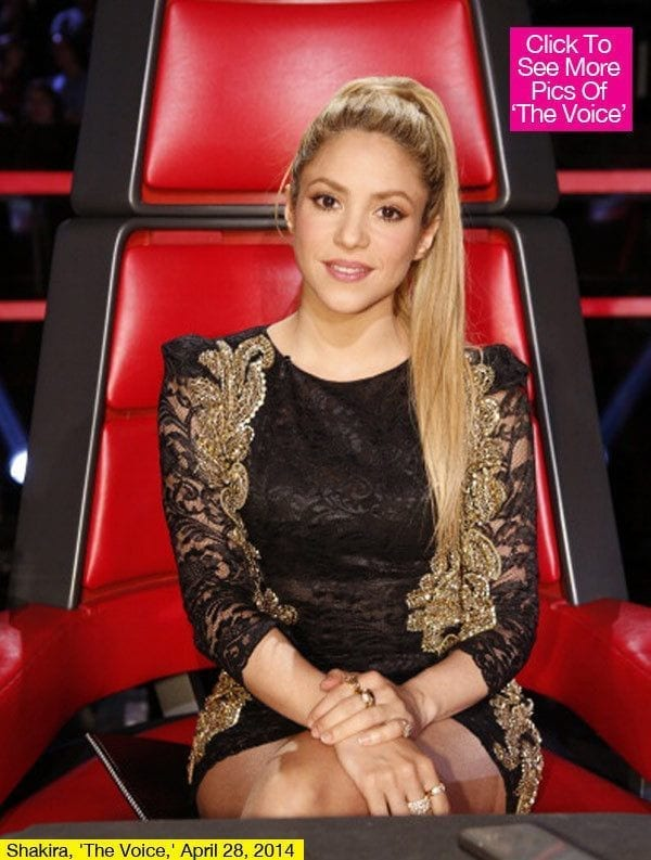 1-Another-Voice-Outfit Shakira Outfits - 25 Best Dressing Styles of Shakira to Copy