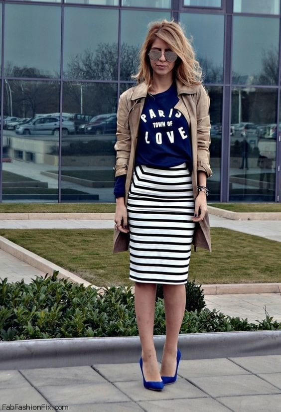 1-Take-The-Sophisticated-Out-Of-It Graphic Tee Ideas-20 Stylish Outfit Ideas with Graphic Tees