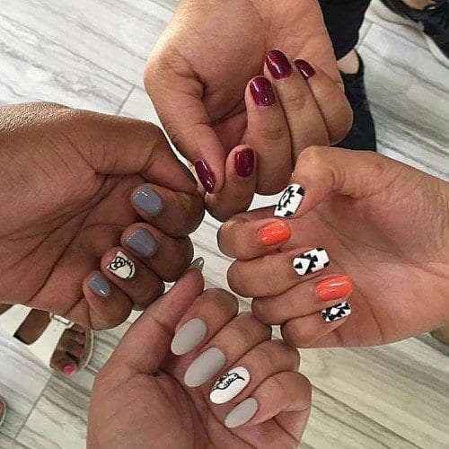 12976129_1596407957342554_607837092_n-500x500 Short Nail Designs - 25 Cute Nail Art Ideas for Short Nails