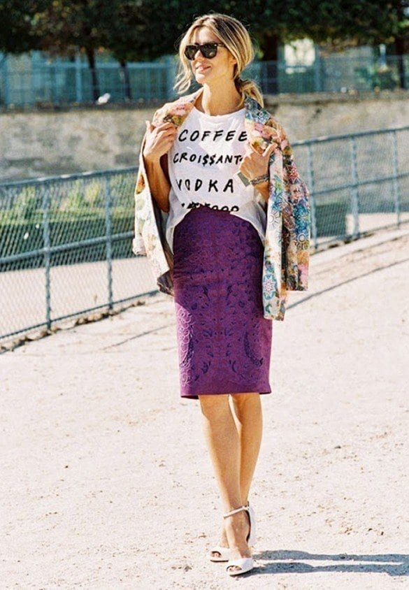 15-Let-Pencil-Skirts-Be-Your-Guide Graphic Tee Ideas-20 Stylish Outfit Ideas with Graphic Tees