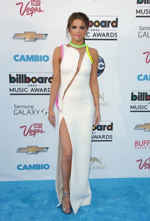 17-A-Front-cut-Rainbow-Lined-Gown Selena Gomez Outfits-25 Best Dressing Styles of Selena to Copy