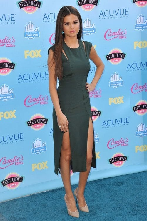 21-A-Dark-Olive-Strapped-Dress Selena Gomez Outfits-25 Best Dressing Styles of Selena to Copy