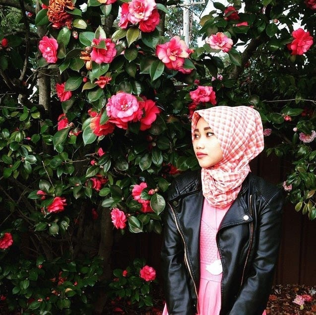 4-Wiwid-Howat Muslim Fashion Bloggers-15 Popular Islamic Bloggers to Follow