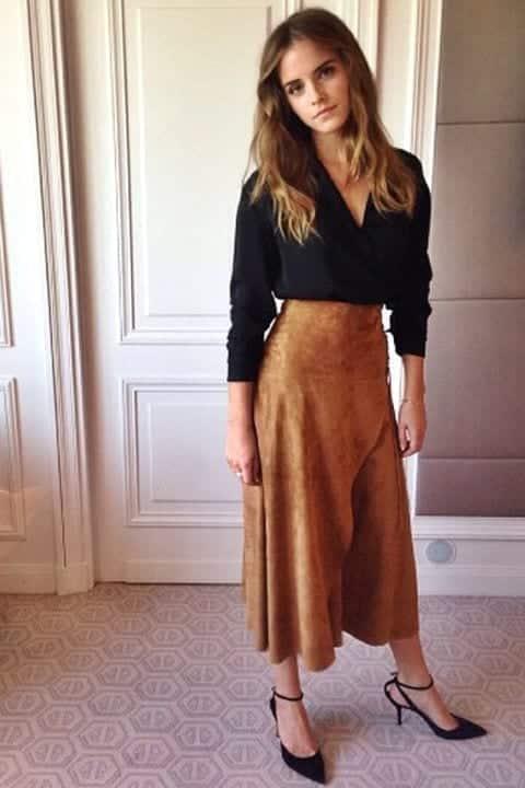7-Skirts-Craze Emma Watson Outfits - 25 Best Dressing Style of Emma Watson