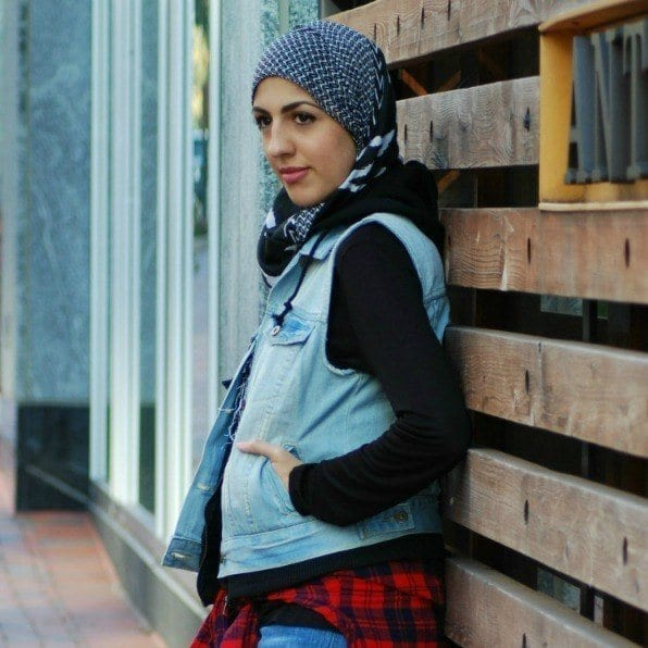9-Nuha Muslim Fashion Bloggers-15 Popular Islamic Bloggers to Follow