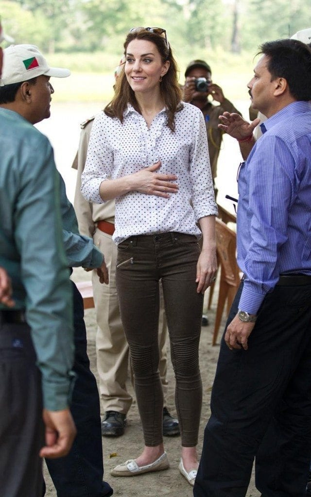 95333277_safari_news-xlarge-640x1024 Kate Middleton's Outfits-25 Best Dressing Styles Of Kate To Copy