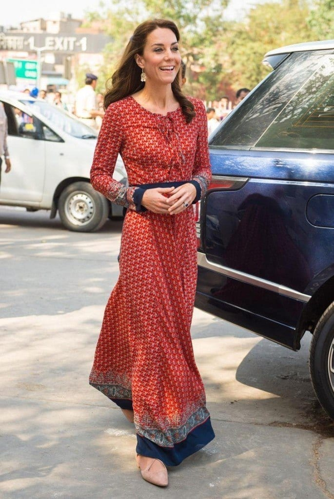 duchess-india-use-xlarge-685x1024 Kate Middleton's Outfits-25 Best Dressing Styles Of Kate To Copy