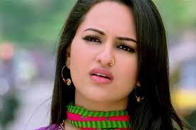 Best Outfits of Sonakshi Sinha (8)