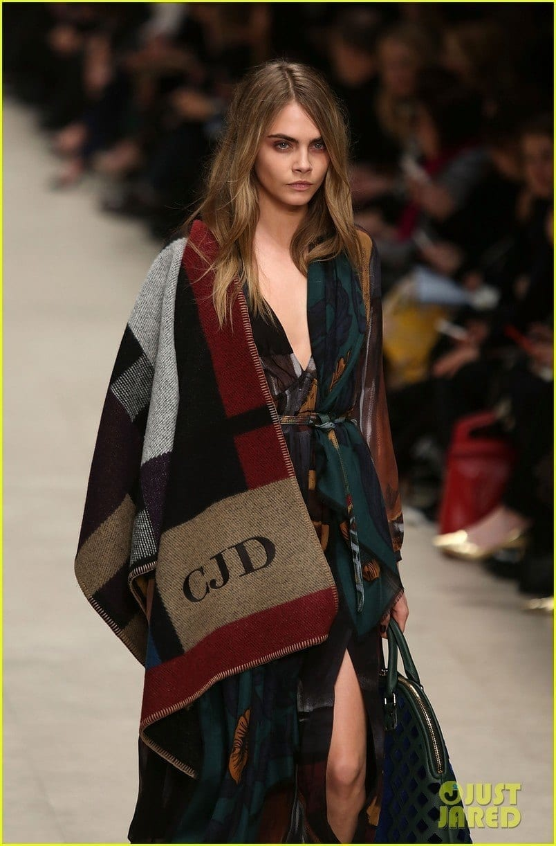 Burberry Prorsum: Runway - London Fashion Week AW14