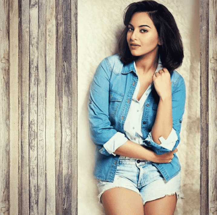 Best Outfits of Sonakshi Sinha (1)