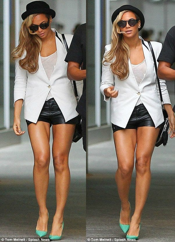 13-A-Chic-Leather-Shorts-Style Beyonce Outfits - 25 Best Dressing Styles of Beyoncé to Copy