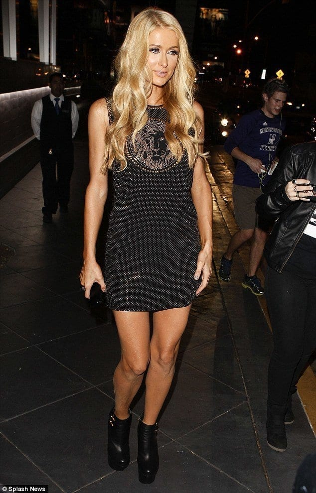 19-Night-Out-Chicness Paris Hilton Outfits-25 Best Dressing Styles of Paris Hilton to Copy