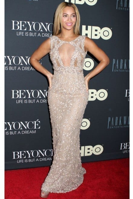 5-A-Glitter-decor-Gown Beyonce Outfits - 25 Best Dressing Styles of Beyoncé to Copy