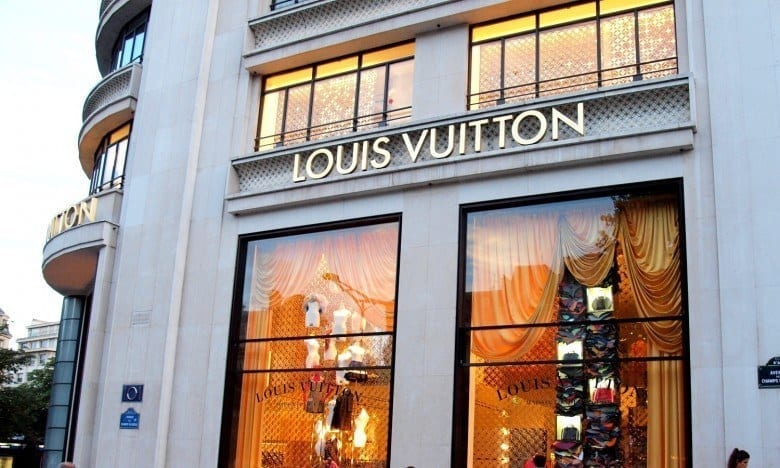 Louis_Vuitton_in_Paris_01 Preppy Brands for Women-Top 10 Brands for Preppy Girls