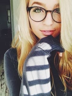 best nerdy looks for girls this year (18)