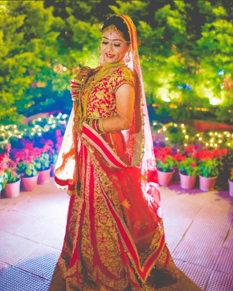 how to wear bridal lehenga dupatta (12)