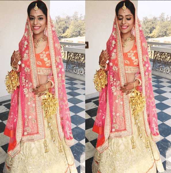 how to wear bridal lehenga dupatta (10)