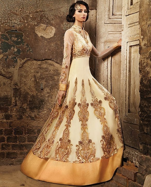Best designs in Indian Bridal Gowns this year (23)