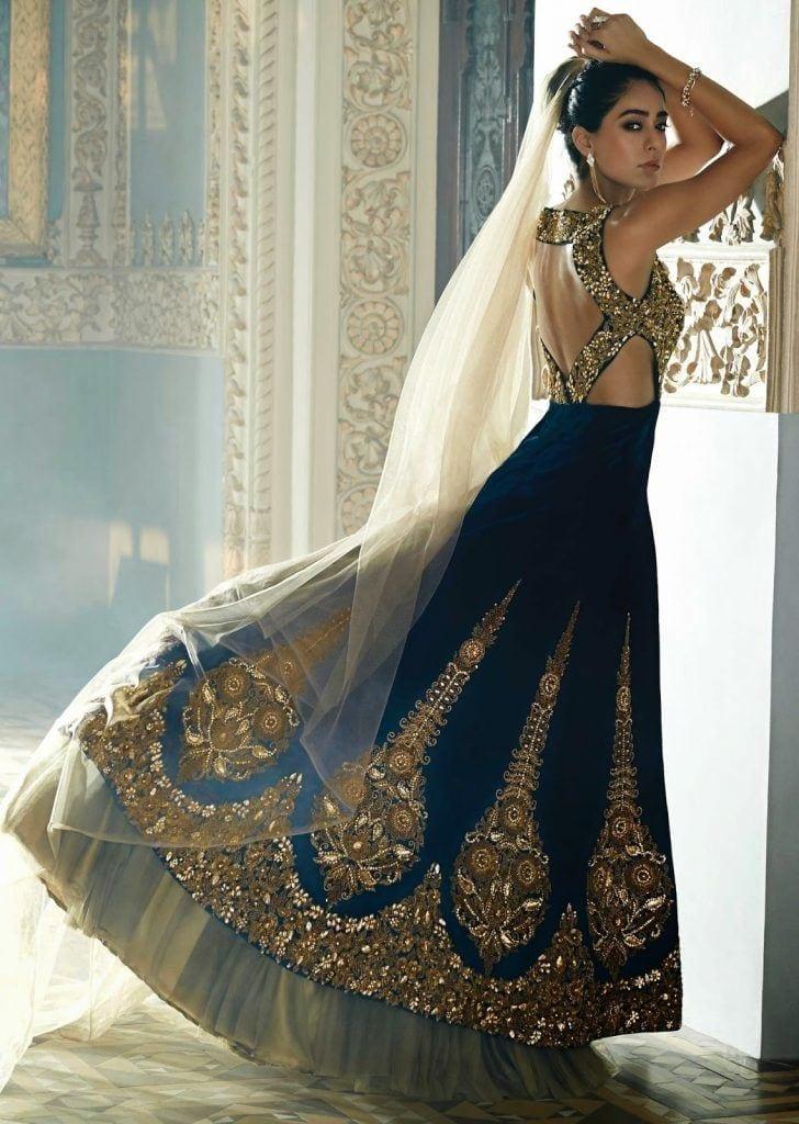 1-bridesmaid-lehanga-stylea-2015-5-1-728x1024 Latest Bridesmaid Lehenga Designs-22 New Styles to Try in 2016