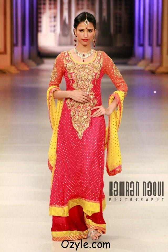 Bridal-Dresses-at-Pantene-Bridal-Couture-Week-2012-13-By-Nomi-Ansari-www.ozyle-2 Dholki Outfits-20 Ideas What to Wear on Dholki/Sangeet Night