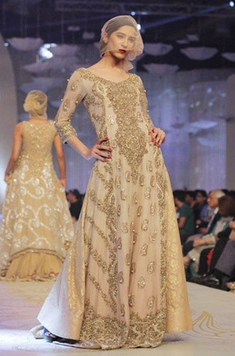 Latest-pakistani-bridal-dresses-13 Latest Bridal Gowns - 20 Most Perfect Bridal Gowns this Year