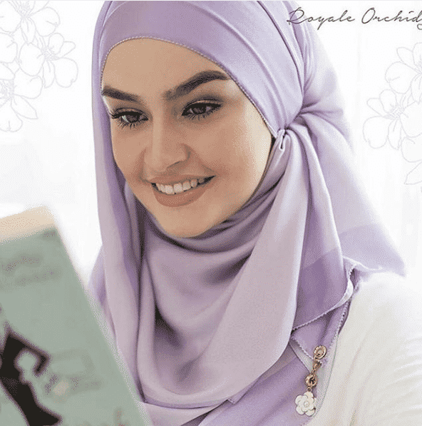 hijab-for-work Top 20 Hijab Style Trends for Muslim Women These Days