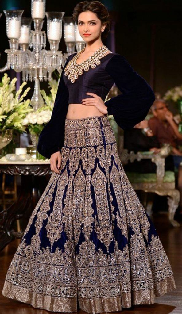 manish-malhotra-at-delhi-couture-week-2013-1-593x1024 20 Latest Bridal Lehenga Designs and Ideas to try this year