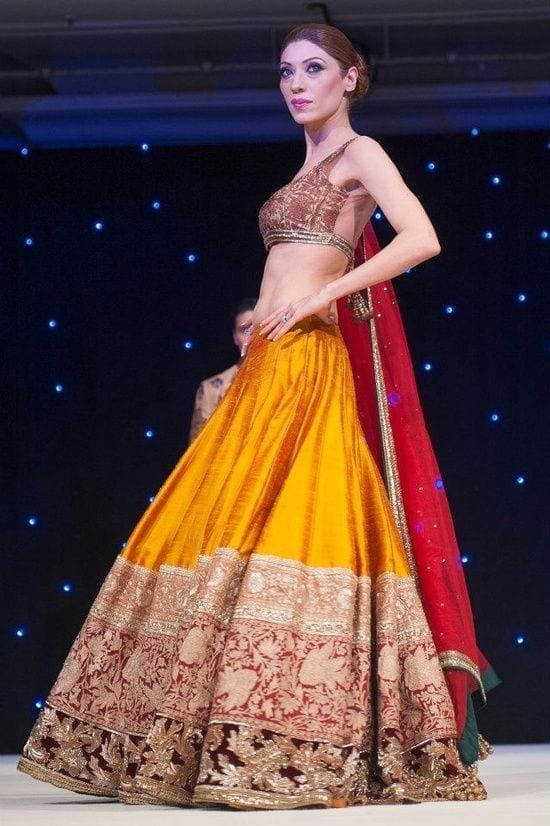 manish-malhotra-dress Dholki Outfits-20 Ideas What to Wear on Dholki/Sangeet Night
