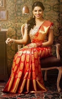 south-india-sarees-03-2 23 Latest South Indian Wedding Sarees To Try This Year