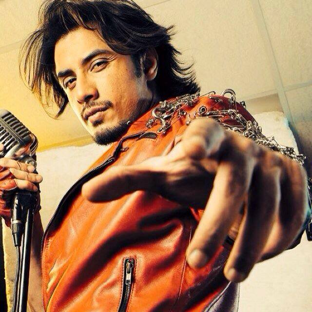 ali...-3 Ali Zafar Hairstyles - 15 Best Hairstyles of Ali Zafar to Copy