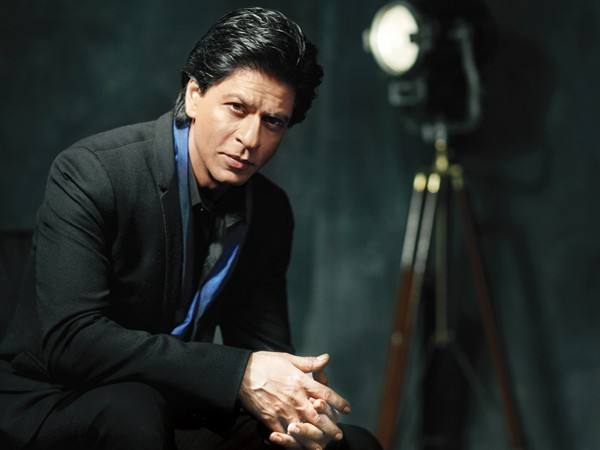 srk_1376043726_600x450_1466431346_600x450 Shahrukh Khan Pictures–30 Most Stylish Pictures Of Shahrukh Khan