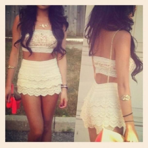 0slhkn-l-610x610-shirt-croptop-bandeau-crochet-white-cream-girl-brownhair How to Wear Bandeau Tops-20 Cool Styles to Wear Bandeau Tops