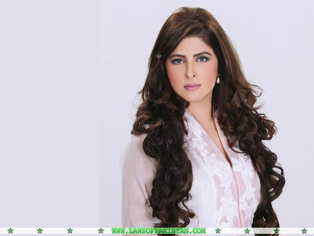 ayla-malik-wallpaper-2013-1024x768 Beautiful Pakistani Female Politicians-Top 10 Attractive Pakistani Politicians