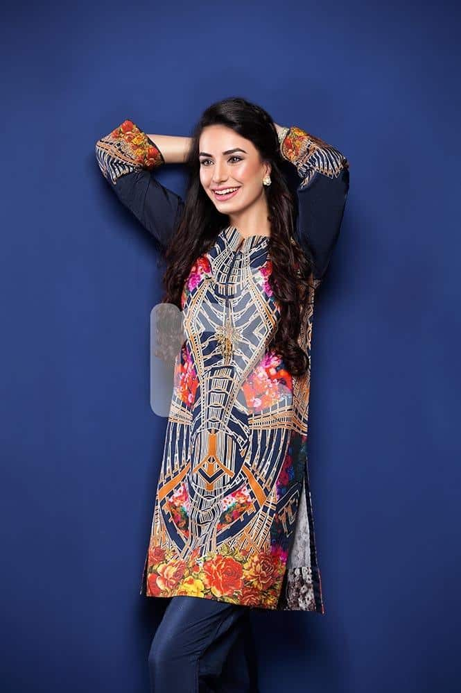 Digital-Print Winter Kurtis Designs – 18 Latest Kurti Styles for Women