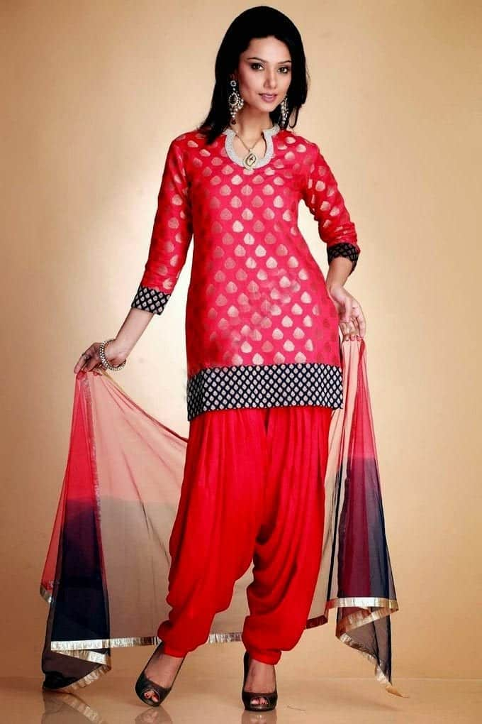 Patiala-Trouser-She9.blogspot.com-12 Latest Shalwar Kameez Designs for Girls-15 New Styles to try