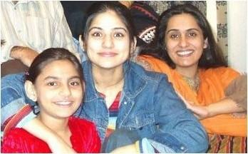 pakistani-actress-sanam-baloch-without-makeup Pakistani Actresses without Makeup-Shocking Photos of Actresses with No Makeup