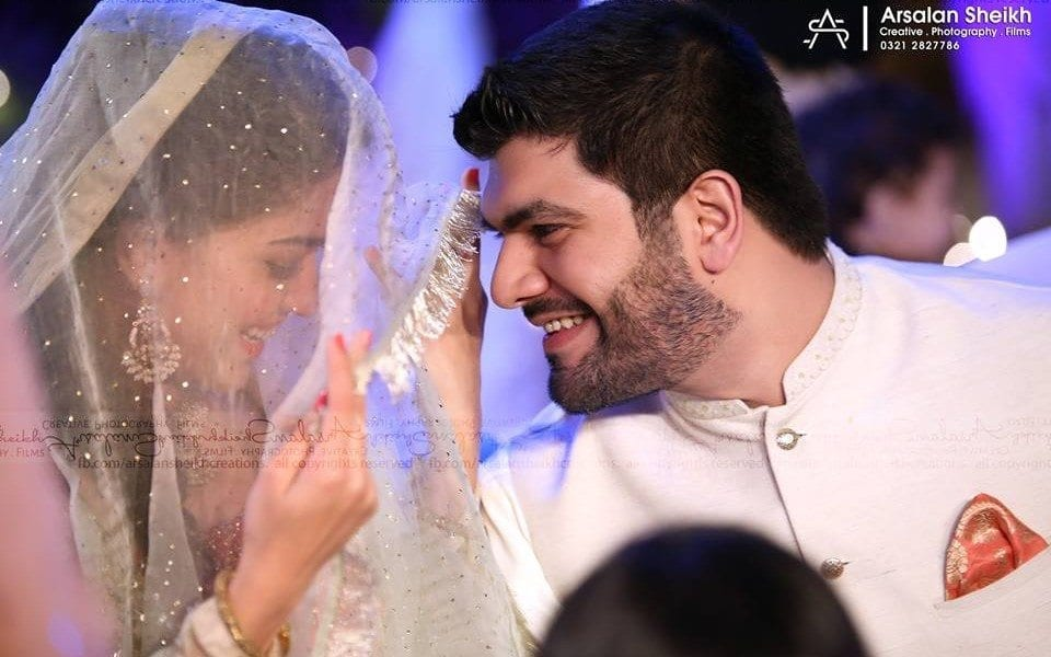 sanam-jung-wedding-picture Pakistani Bride and Groom Photo Shoot-Pakistani Wedding Poses