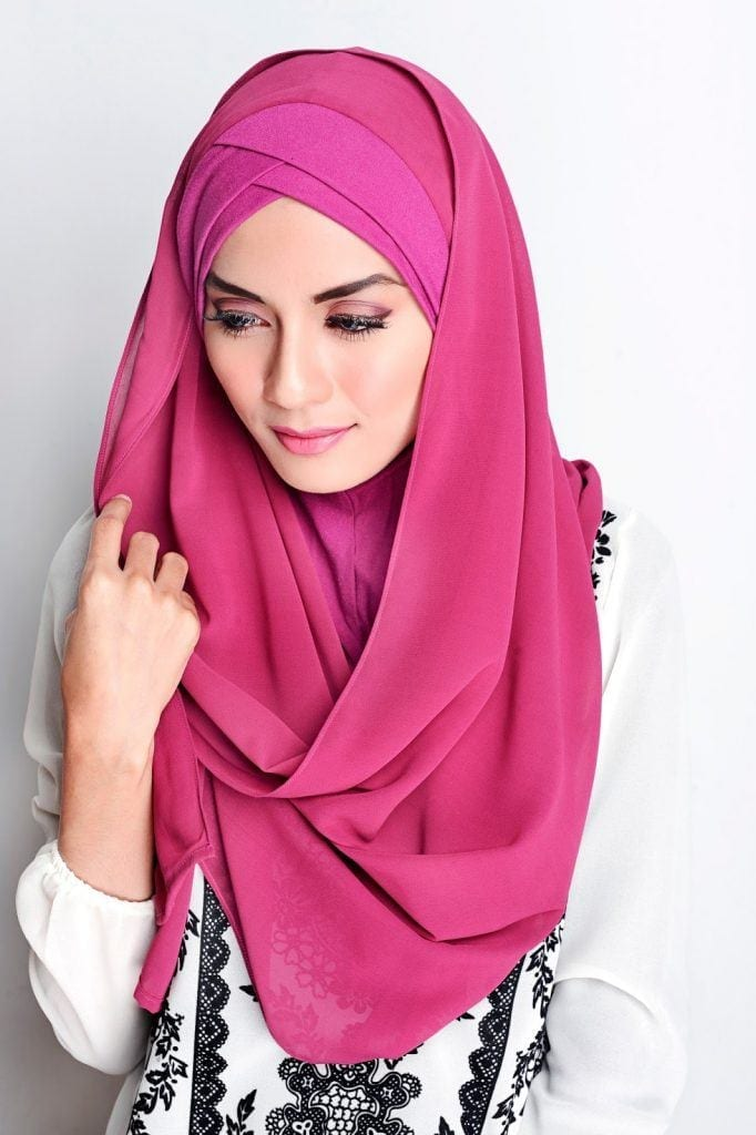 sugar-scarf-682x1024 Top 10 Hijab Brands - Best Brands for Hijabis to Try this Year