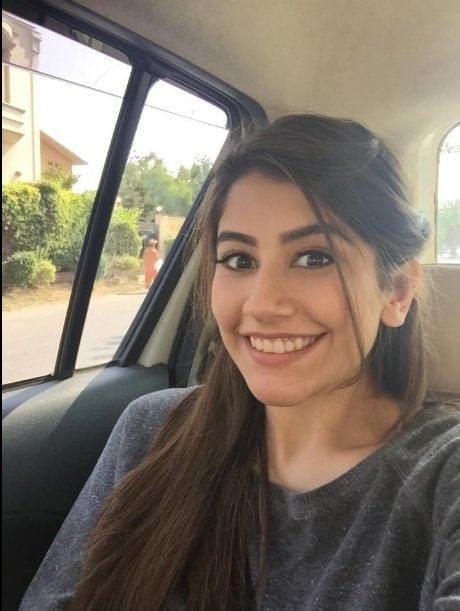 syra-yousuf Pakistani Actresses without Makeup-Shocking Photos of Actresses with No Makeup