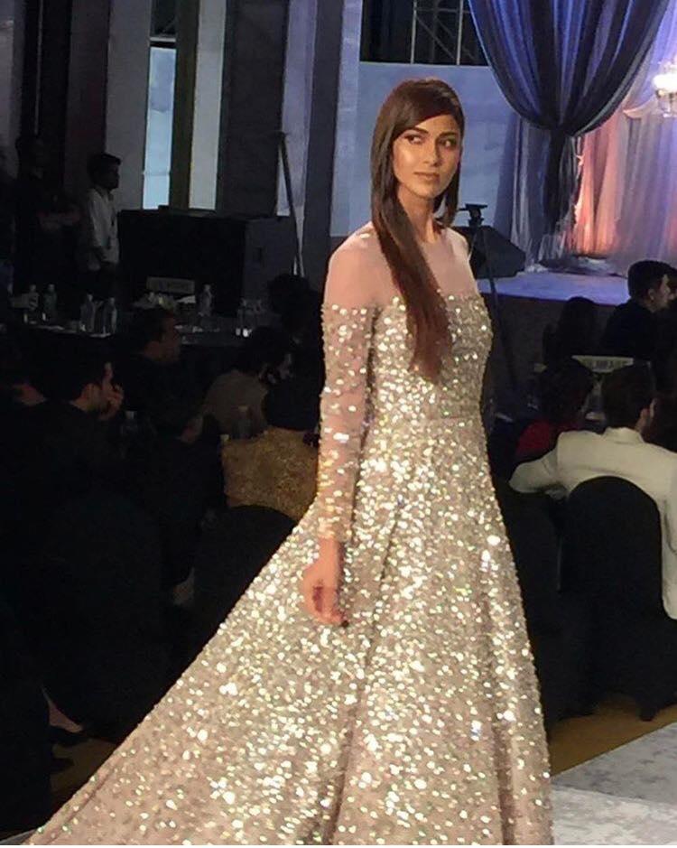 manish-malhotra-bridal-fashion-show-2017-d Manish Malhotra Wedding Dresses 2017-Top 20 Bridal Dress by Manish Malhotra