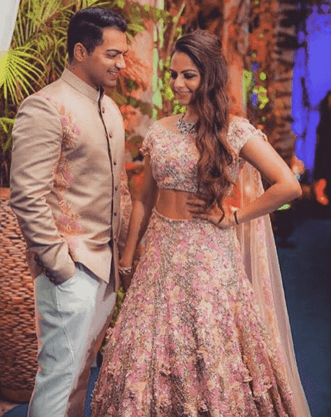 real-manish-malhotra-bride Manish Malhotra Wedding Dresses 2017-Top 20 Bridal Dress by Manish Malhotra