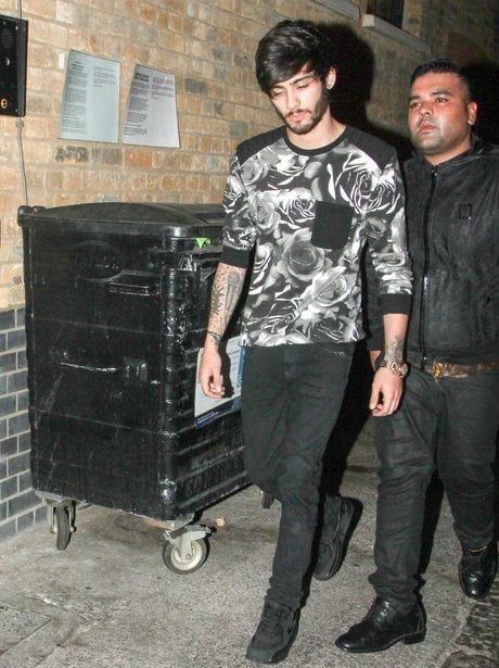 Floral-Tees-Look-for-SummersSpring Zayn Malik Outfits-19 Best Outfits Worn by Zayn Malik All Time