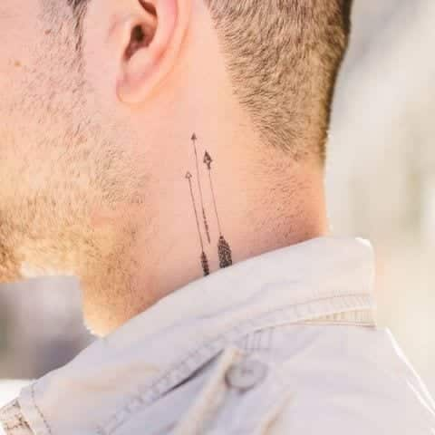 Arrow-Neck-Tattoo Skinny Guys with Tattoos-18 Best Tattoo Designs for Slim Guys
