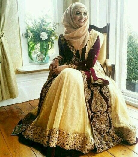 21-Hijab-with-Extra-formal-Dress 30 Ways to Wear Hijab with Indian Ethnic Wear